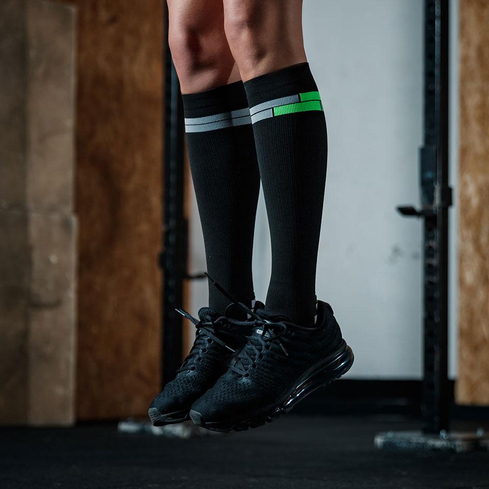 relaxsan-compression-sport-socks-800_BL-VER-FL